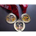 pembuatan medali